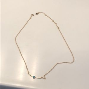 Jewelry - Simple delicate gold necklace